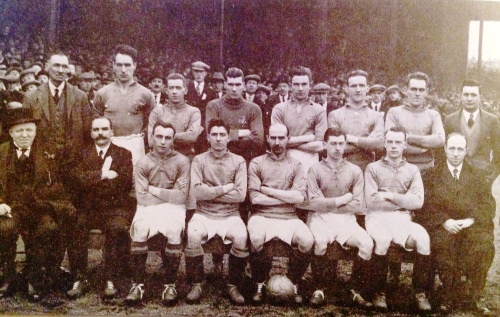 Elisha Scott, Walter Brown, Billy McConnell, Sam Irving, Mick O'Brien, Tom Sloan, Andy Bothwell, Alex Steele, Sammy Curran, Billy Gillespie, David McMullan