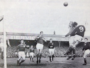 1967_northernireland_scotland_georgebestmatch_02